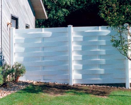 Vinyl Fencing Bend OR
